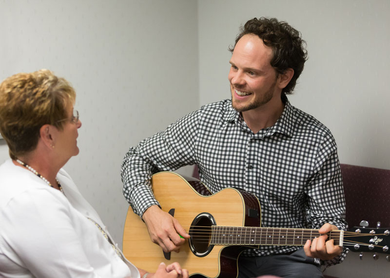 Andrew Dwiggins Offering Music Therapy at the Saint Louis University Cancer Center