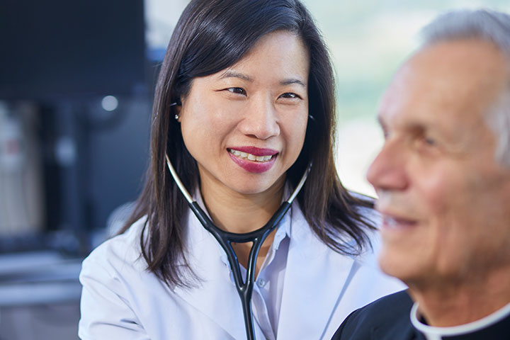 Dr. Dawn Hui with Patient